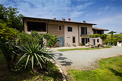 Country House & Truffle farm for sale in Piemonte - Country Estate and Truffle farm