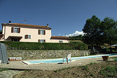 Country House with Swimming Pool for sale in Piemonte - Character country house with Swimming Pool
