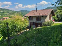 Country Stone Cottage for sale in the Langhe  region of Piemonte - Restored Langhe Stone Cottage